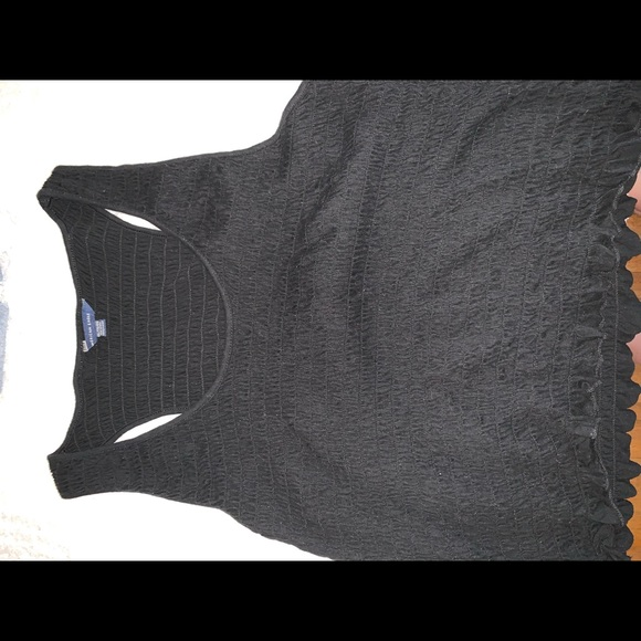 American Eagle Outfitters Tops - AMERICAN EAGLE BLACK CROPPED TANK
